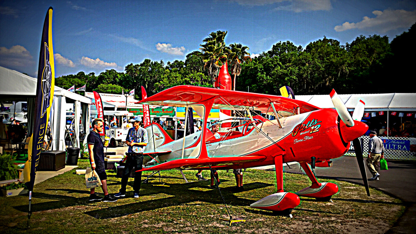 Pitts Model 12 Kimball Booth.jpg
